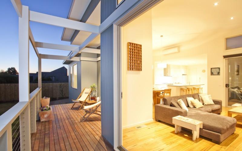 South-Deck-Living