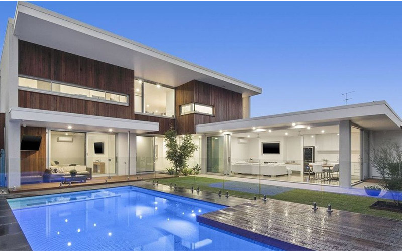 Building In Coastal Environment - Indoor And Outdoor Living