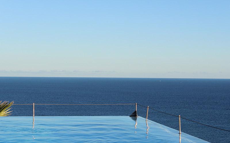 Building In Coastal Environments - Infinity Pool