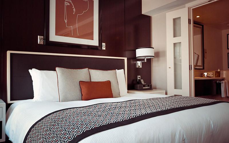 Cons of Reverse Living Home Designs 2